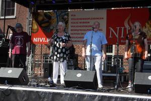 Four 'n' Aft (England) à capella mit wunderbaren Stimmen