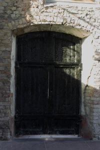 verkohlte Seitentüre