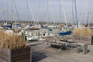 Terrasse vom Hafenrestaurant