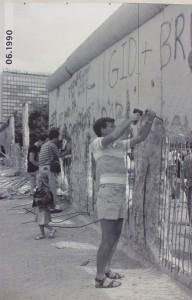 altes Foto Mauerfall 1989