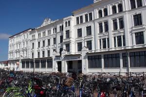 Hotels und Klinik