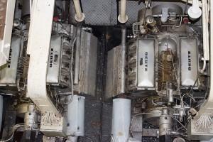 4  Deutz-Diesel à 100 PS
